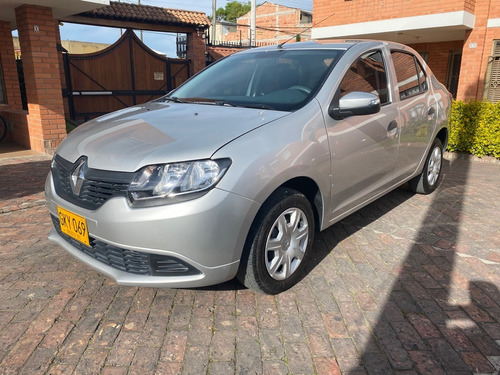 Renault Logan Life 2020 Gris Estrella