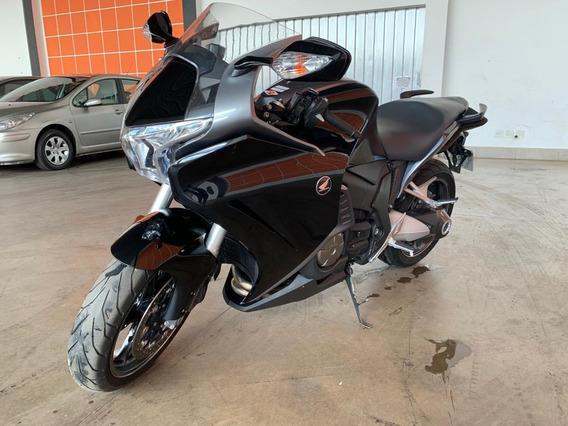 R$ 34.900 Honda 2011 Vfr 1.200 Automática 30.000 Km