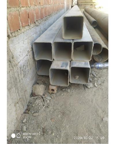 Imagen 1 de 2 de Tubo Cuadrado Galvanizado