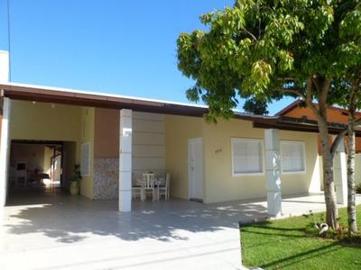 Casa Em Canasvieiras, Florianópolis/sc De 200m² 4 Quartos Para Locação R$ 900,00/dia - Ca104289