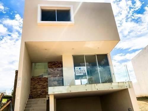 Casa Nueva En Capital Norte Madeiras.