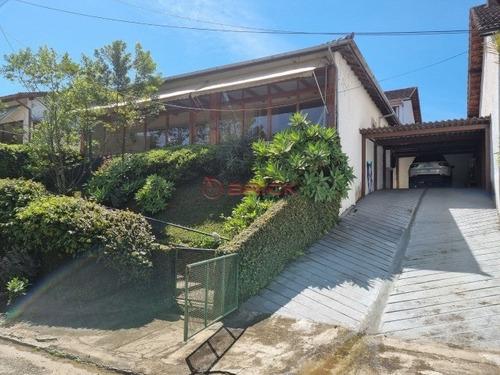 Imagem 1 de 30 de Casa Com 3 Dormitórios, 135 M², R$ 850.000 - Comary - Teresópolis/rj. - Ca01879 - 70141655