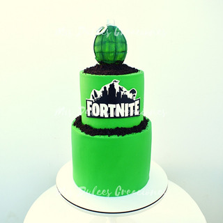 Torta Decorada Cumpleaños - Cupcakes - Fortnite