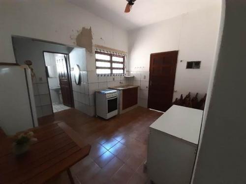 Casa Em Itanhaém 1000 Metros Do Mar.