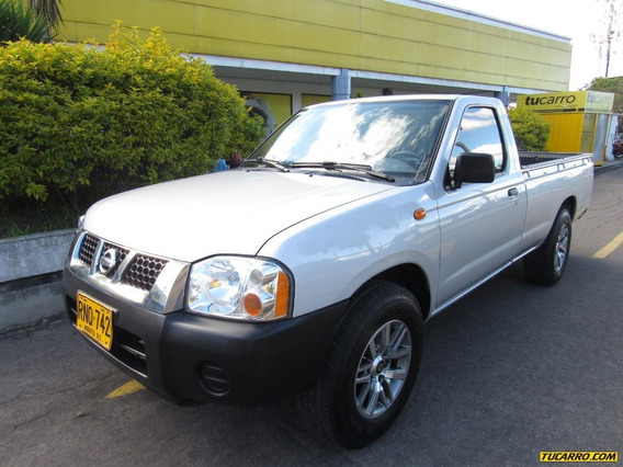 Nissan Frontier D22 Np300 Pick Up 2.4 Mecánica 4x2