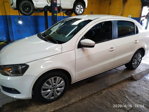 Volkswagen Voyage 2015 1.0 Seleção Total Flex 4p