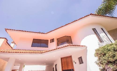Casa En Venta En Puerta De Hierro, Zapopan