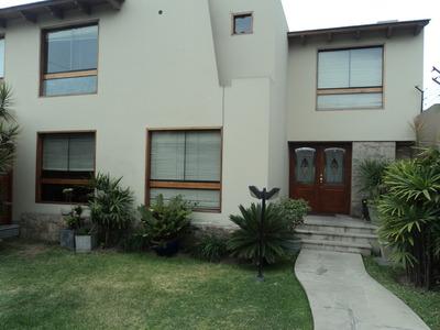 Venta De Casa La Molina Vieja, 4 Habitaciones /baño/vestier