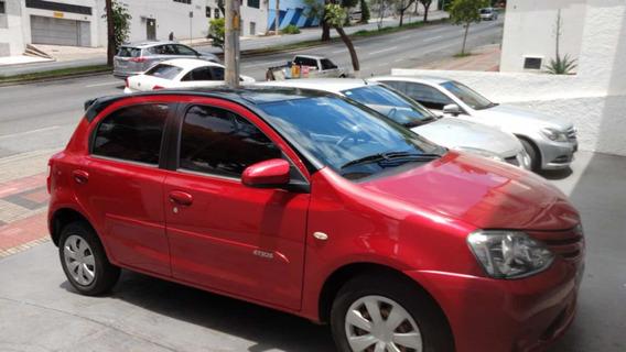 Toyota Etios 1.5 16v Xs 5p 2016
