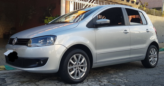 Volkswagen Fox 1.6 Vht Highline Total Flex I-motion 5p 2014