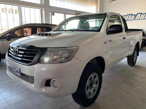 Toyota Hilux Dx Pack 2.5 2015 C/simple
