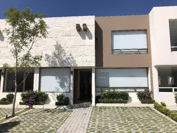 Casa Nueva En Venta Modelo Granada. Fraccionamiento Lomas Virreyes En Calimaya