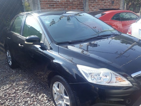 Ford Focus Sedan Ambiente 5vel Mt 2011