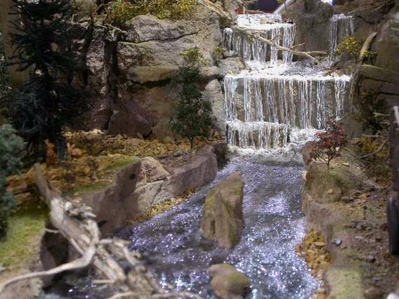Efeito De Agua Onda Maquete E Diorama 500gr. Paiolmodelismo
