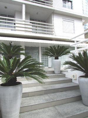 Excelente Apartamento Em Excelente Rua Do Mercês: 3 Vagas, Sacada Com Churrasqueira, Elevador, Mobília Nova!! - Ap0117