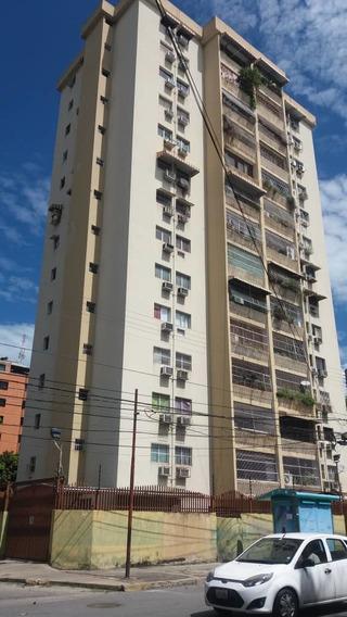 Acojedor Apartamento Calicanto 04243573497