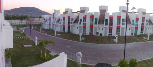 Casa En Renta Tequesquitengo - Jojutla, Tlatenchi