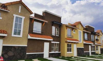 Hermosa Y Muy Amplia Casa Residencial En Coacalco