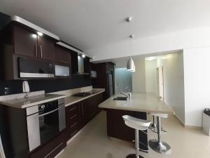 Apartamento En Venta Palma Real Naguanagua Cod 20-8117 Ddr