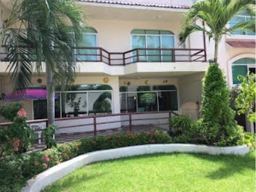 Casa Sola En Venta Fracc Club Deportivo