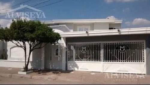 Casa En Venta Colonia Aurora/culiacan