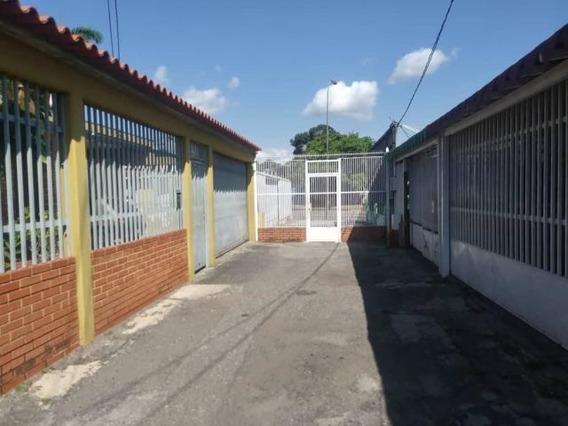 Casa En Venta Baradida Rahco