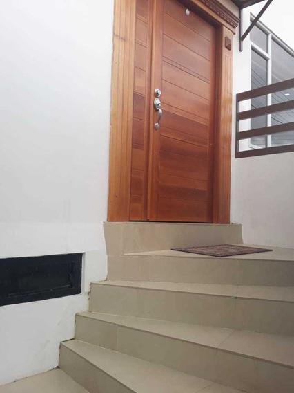 Vendo Casa En Loja Cel: 0993065079