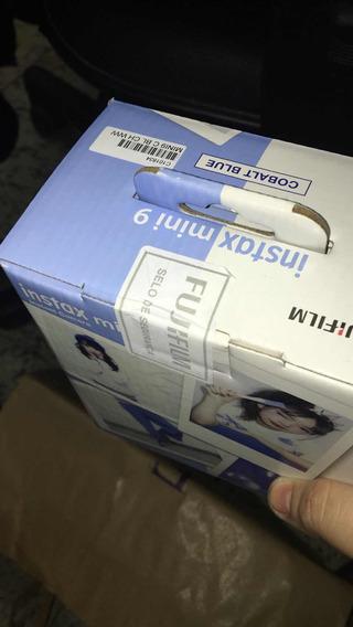 Camera Instax Mini9
