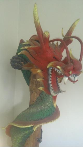 Escultura De Dragão