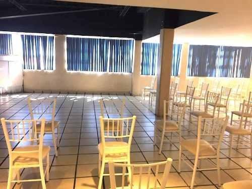 Cuajimalpa.- Rento Local Enfrente Edificios De La Alcaldia
