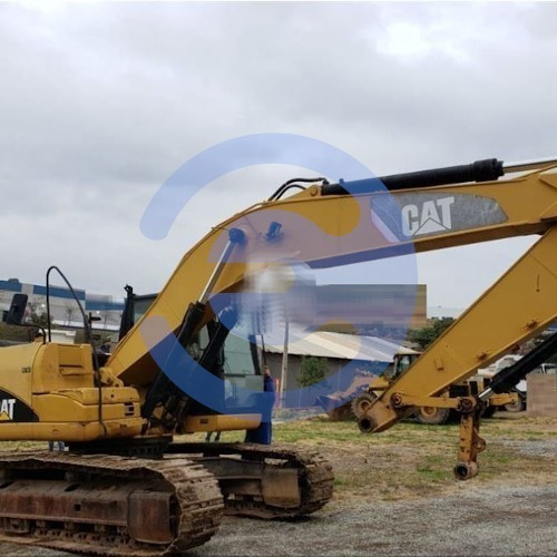 Imagem 1 de 8 de Escavadeira Caterpillar, Modelo 320dl, Ano 2011, Único Dono