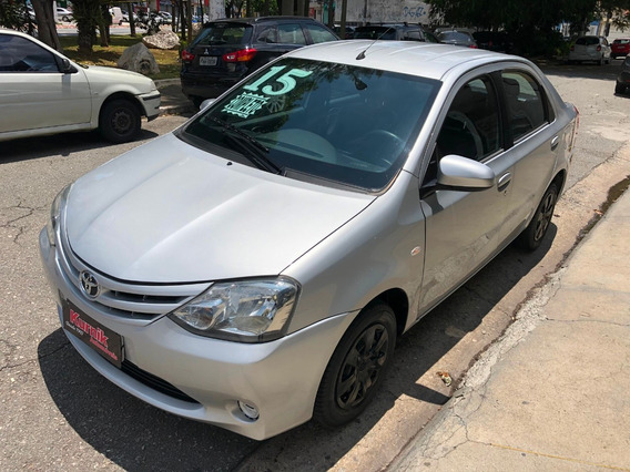 Toyota Etios Sedan 1.5 Xs Completo