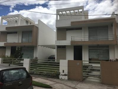 Casa En Jardines De La Pampa