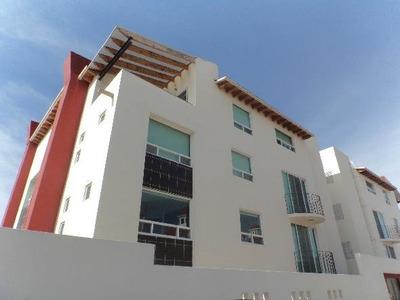 Renta De Departamento Amueblado Milenio, Querétaro. En Planta Baja, 2 Habitaciones Y Estudio