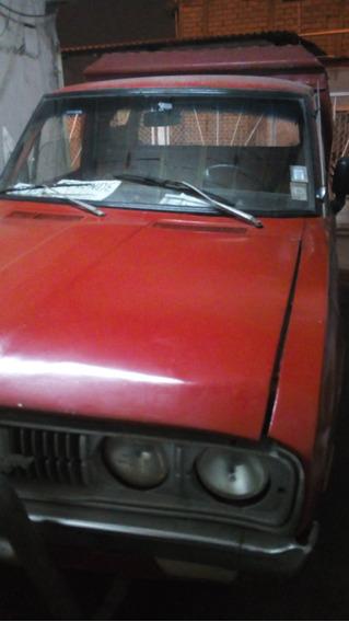 Camioneta Roja Datsun 1500 /77