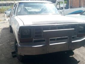 Gruas Plataforma, Marca Dodge Modelo 300 Año 1978