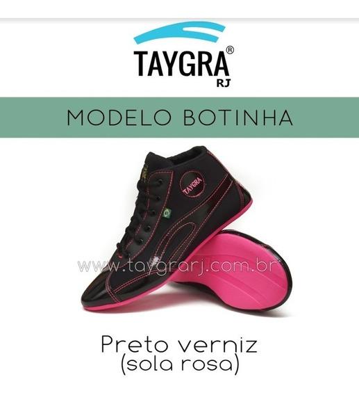 Taygra Botinha Preta Verniz Com Sola Rosa