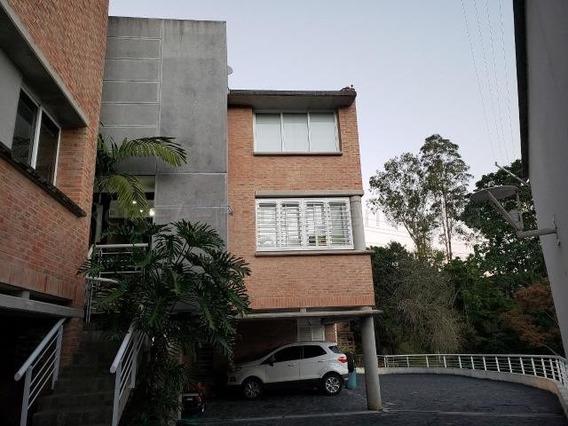 Townhouses En Venta La Union 20-7404