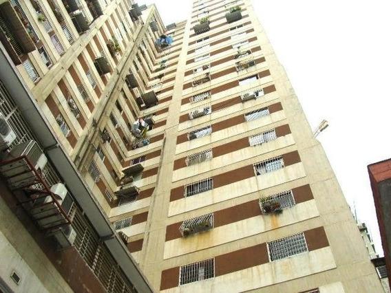 Apartamentos En Venta. Mls #20-10388 Teresa Gimón