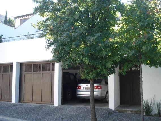Renta Casa En Privada Con Vigilancia.