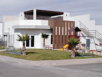 Casas A La Venta En Residencial Bonaterra, Baja California