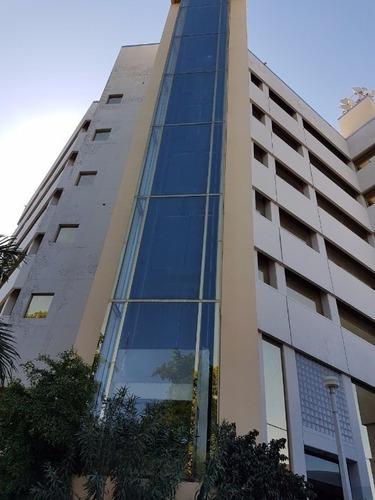 Renta De Excelente Piso En Edificio Torres Las Americas