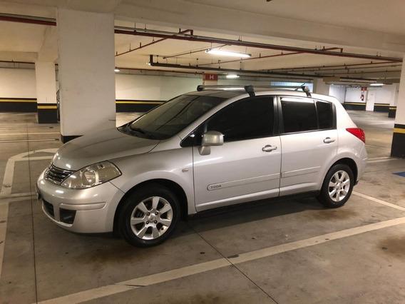 Nissan Tida 1.8 S Manual 2011