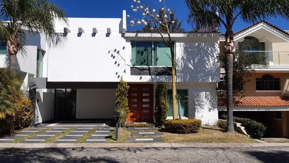 Casa En Renta Y Venta En Fraccionamiento Valle Real