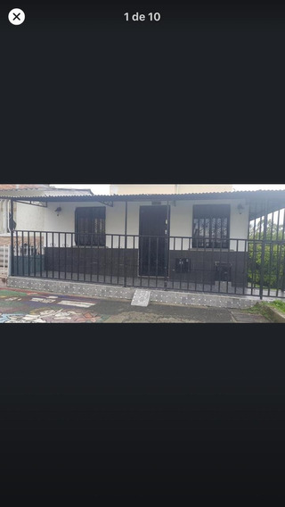Casa En Urbanización Semi - Cerrada