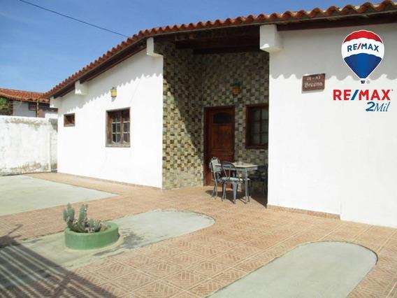 Amplia Y Moderna Casa