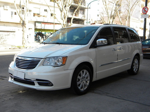 Chrysler Town & Country Limited A/t 2013