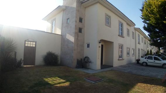 Casa En Venta En Metepec, Zona Tecnológico 329m De Terreno