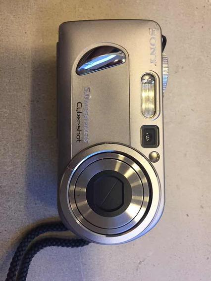Camera Sony Cyber-shot P 10