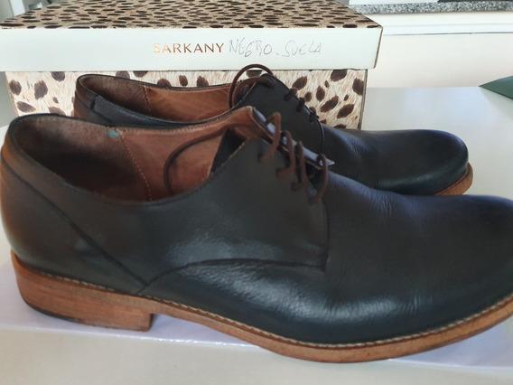Zapatos De Hombre Marca Sarkany Talle 43, Color Negro